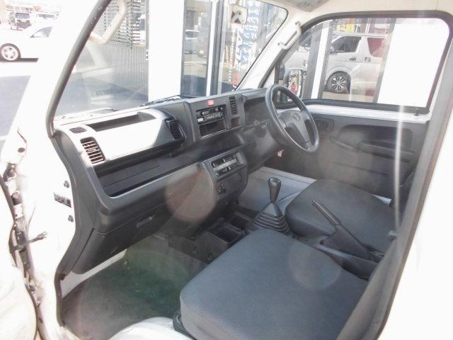 ダイハツ ハイゼットトラック スタンダード  4WD 5MT車
