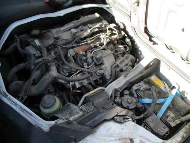 9人乗り ロングDX 4WD ディーゼルターボ リヤヒーター(15枚目)