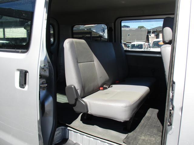 GL 4WD 5ドア  社外TVナビ パワーウィンドウ エアコン パワステ キーレス(18枚目)