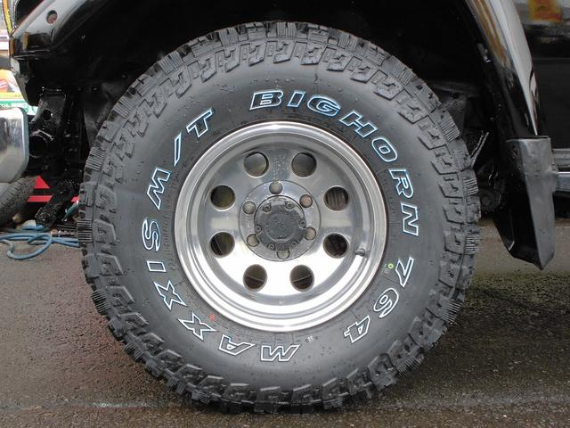 トヨタ ランドクルーザー70 ZXディーゼルATFRPトップ寒冷地新品MTタイヤ