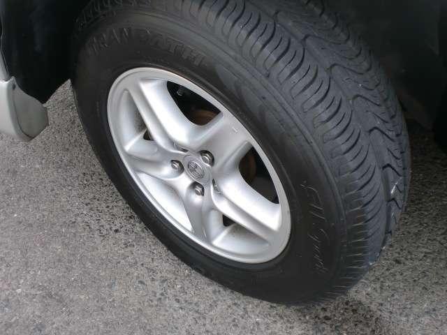 3.0FOUR 4WD キーレスキー ナビ フルノーマル(14枚目)