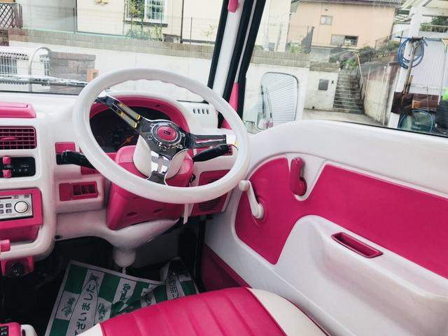 軽自動車 4WD フロアAT エアコン ピンクツートンカラー(11枚目)