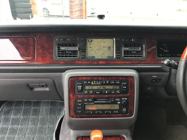 標準仕様車 デュアルEMVパッケージ ナビ 革リフレッシュシート ETC AW 後席モニタ エアサス(4枚目)