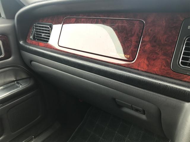 標準仕様車 デュアルEMVパッケージ ナビ 革リフレッシュシート ETC AW 後席モニタ エアサス(26枚目)