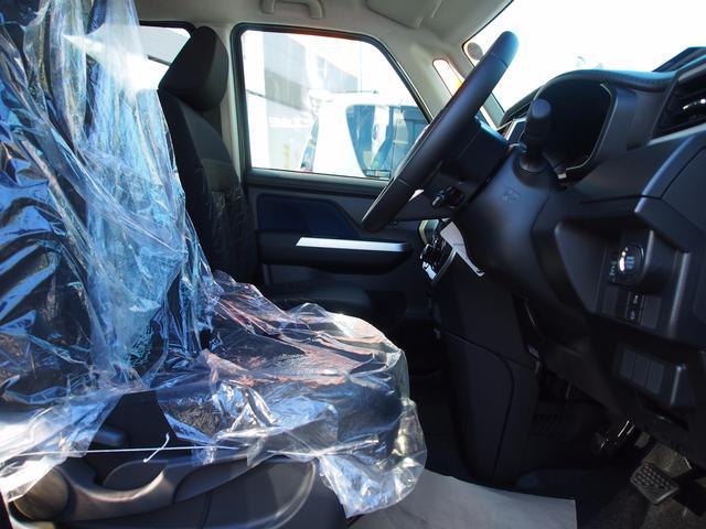 トヨタ ルーミー カスタムG 登録済未使用車