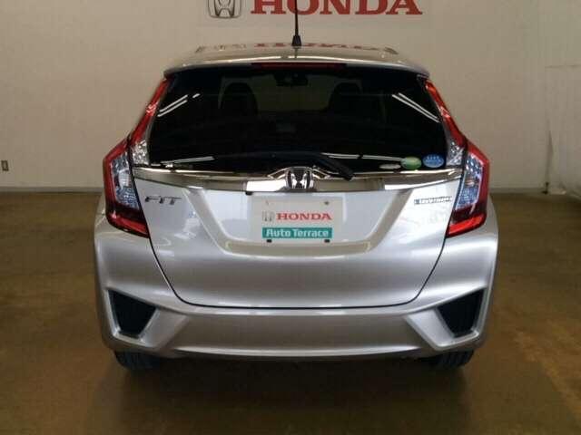 ホンダ フィットハイブリッド Fパッケージ コンフォートエディション 4WD