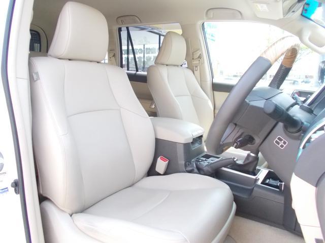 TX Lパッケージ ディーゼル 4WD 1オーナー 禁煙車 ベージュ革シート フルセグナビ バックカメラ(10枚目)
