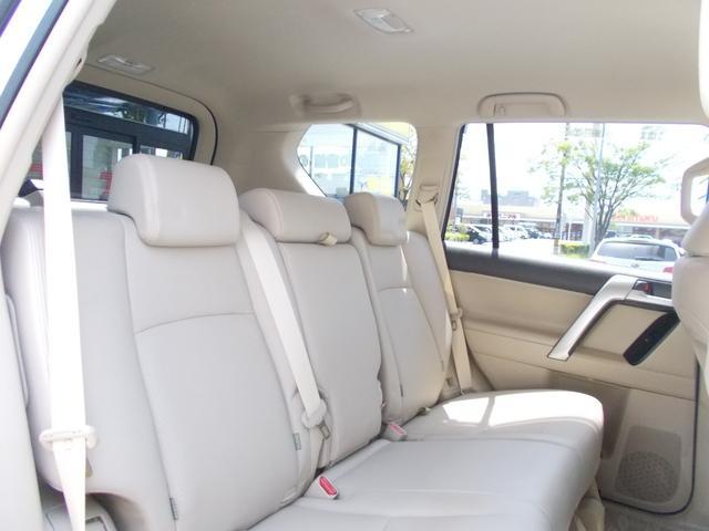 TX Lパッケージ ディーゼル 4WD 1オーナー 禁煙車 ベージュ革シート フルセグナビ バックカメラ(11枚目)