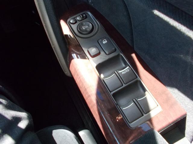 GエアロHDDナビパッケージ 1オーナー 禁煙 8人乗 HDDナビ ETC スマートキー バックカメラ(27枚目)