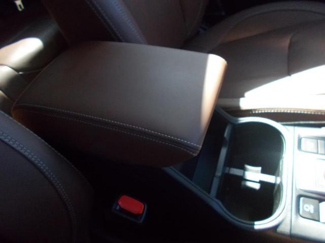 アドバンス 1オーナー 禁煙 4WD レザーシート アイサイトセーフティプラス ドライバーモニタリングシステム LEDヘッドランプ パワーシート 純正AW夏タイヤ 社外AW冬タイヤ付き ルーフレール付き(68枚目)