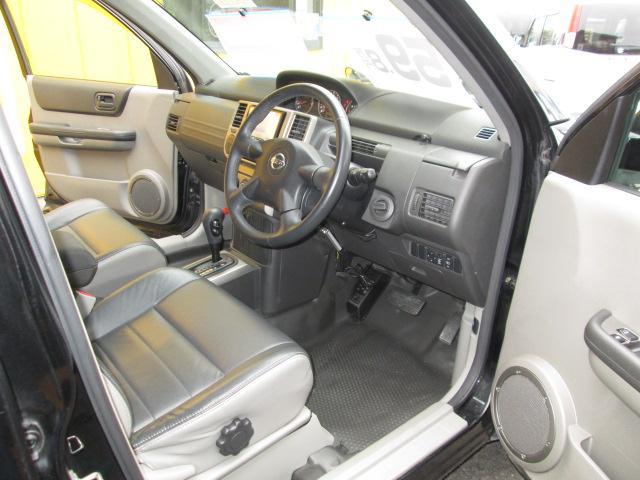 日産 エクストレイル 4WD X HDDナビ フルセグTV バックカメラ