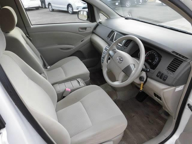 トヨタ アイシス L 4WD
