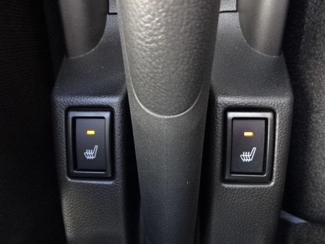 デュアルシートヒーター!運転席・助手席それぞれ独立して使用可能です!