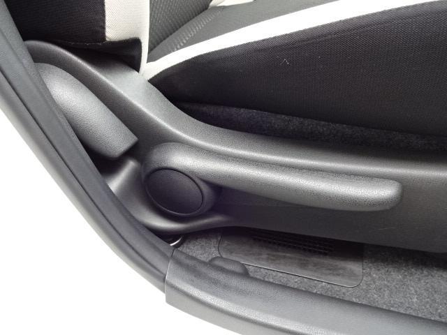 e-パワー X FOUR ブレーキサポート 横滑り防止装置 車線逸脱警報装置 9インチナビTV  Bluetooth バックカメラ ドライブレコーダー インテリジェントルームミラー ワンオーナー 禁煙車 事故歴無し(9枚目)