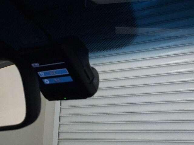 【ドライブレコーダー搭載】・・・良いことも良くないこともしっかり記録できる頼もしいカーライフの相棒です。