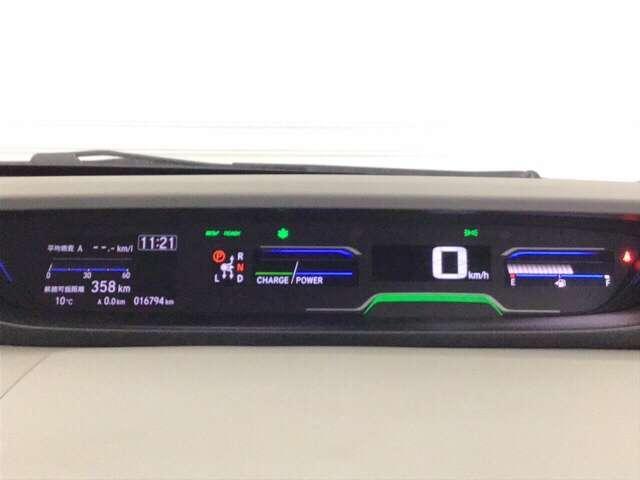 ハイブリッド・Gホンダセンシング Gセンシング 地デジ クルーズコントロール 衝突軽減 LEDヘッドライト Bカメ ナビTV メモリーナビ ETC スマートキー キーレス 盗難防止装置 ABS シートヒーター コーナーセンサー CD(10枚目)