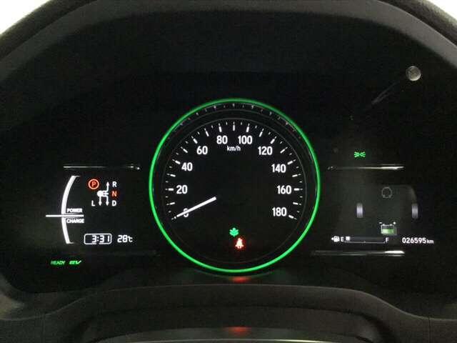 ハイブリッドZ・ホンダセンシング 衝突軽減ブレーキ装備 クルコン フルセグTV 衝突軽減B LEDライト メモリーナビ ナビTV シートヒーター CD バックモニター AWD スマートキー レザーシート DVD Pシート(11枚目)