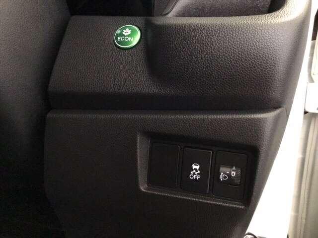G・Lパッケージ 純正オプションメモリーナビ付き アイスト バックカメラ付 横滑り防止装置 盗難防止 ベンチシート スマキー ナビTV ETC キーフリー CD メモリーナビ ABS 1セグ AAC パワーウインドウ(12枚目)