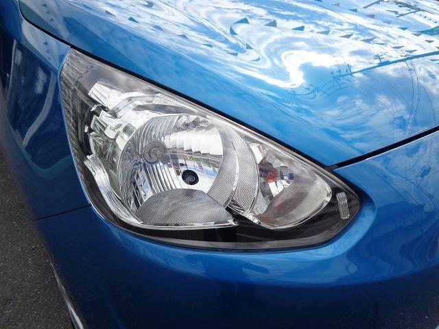 M アイドリングストップ CD キ-レス フルオ-トAC ABS Wエアバック 電格ドアミラ- プライバシーガラス(9枚目)