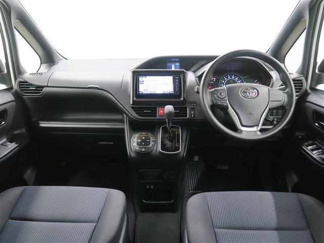 X 4WD ワンセグ メモリーナビ ミュージックプレイヤー接続可 バックカメラ 衝突被害軽減システム ETC 電動スライドドア LEDヘッドランプ ウオークスルー 乗車定員8人 3列シート ワンオーナー(4枚目)