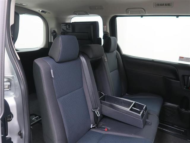 X 4WD ワンセグ メモリーナビ ミュージックプレイヤー接続可 バックカメラ 衝突被害軽減システム ETC 電動スライドドア LEDヘッドランプ ウオークスルー 乗車定員8人 3列シート ワンオーナー(9枚目)