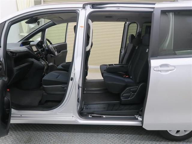 X 4WD ワンセグ メモリーナビ ミュージックプレイヤー接続可 バックカメラ 衝突被害軽減システム ETC 電動スライドドア LEDヘッドランプ ウオークスルー 乗車定員8人 3列シート ワンオーナー(10枚目)