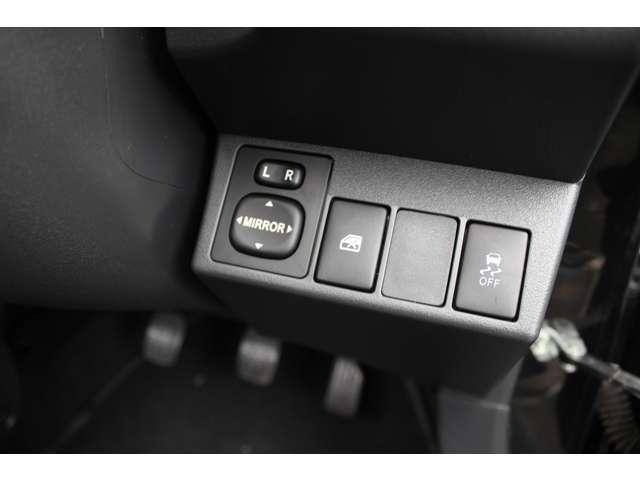エクスプレイ スマートキー LEDヘッドライト 横滑り防止(10枚目)