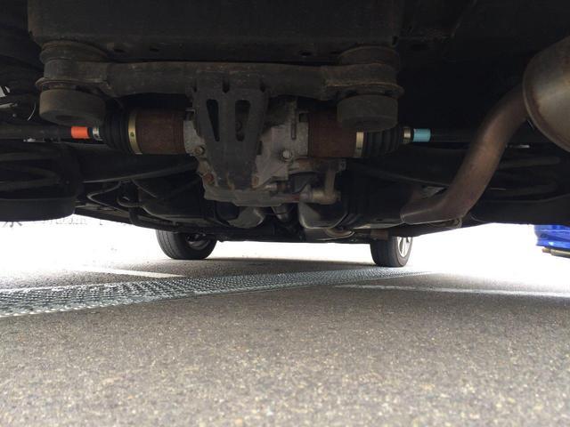 目立つような錆や腐食は見受けられません! ずっとお車をきれいな状態に保つためには、錆の発生を抑えるラスターガード施工がオススメです!