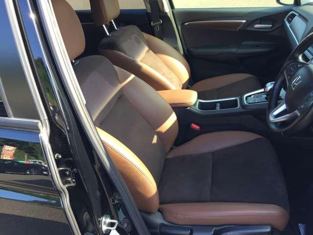 「運転席」 シートなどの状態も良く、目立つような傷や汚れはありません!