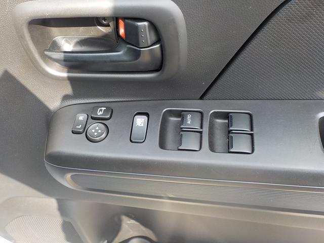 電動格納式ドアミラー・パワーウインドーの各スイッチ