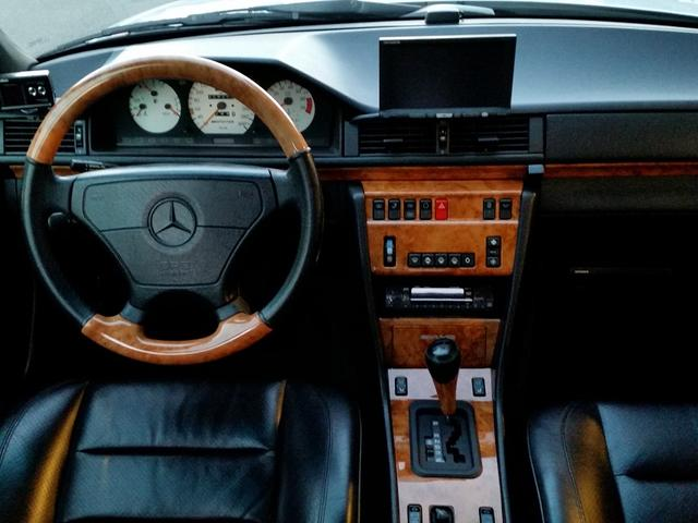 メルセデス・ベンツ M・ベンツ E500 AMG STYLING I 2P 18インチ