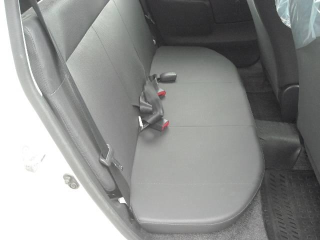 トヨタ プロボックスバン 4WD DXコンフォートパッケージ