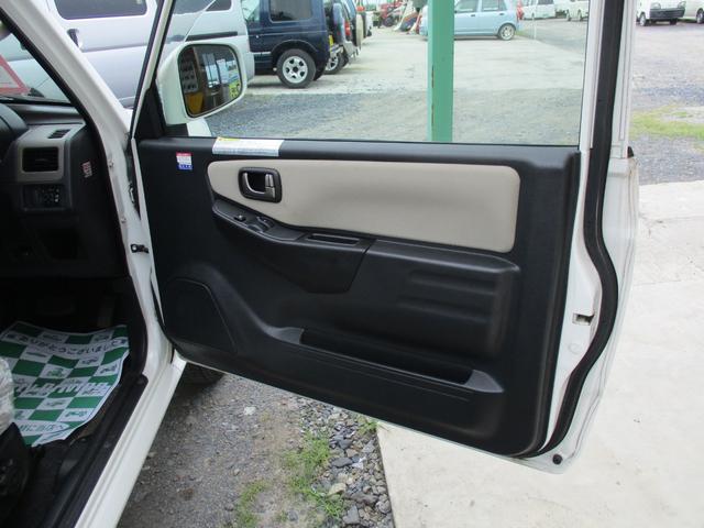三菱 パジェロミニ 4WD VR ターボ