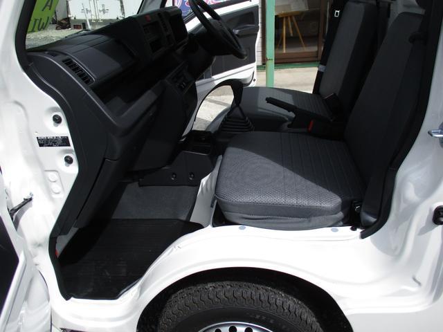 ダイハツ ハイゼットトラック 届出済未使用車 4WD 垂直式テールリフト エアコン