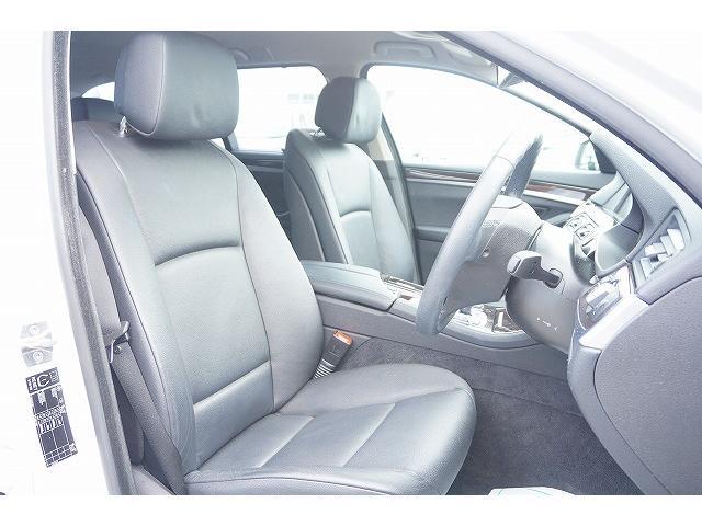 BMW BMW 523dブルーパフォーマンス ツーリングハイラインP 黒革