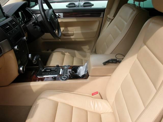 フォルクスワーゲン VW トゥアレグ V8 4WD TVナビ
