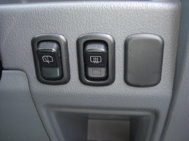 G 4WD 5速MT車 キーレス AW CD Wエアバック(15枚目)