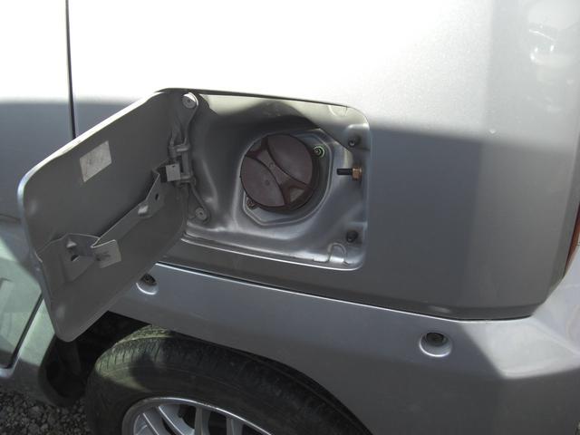 G 4WD 5速MT車 キーレス AW CD Wエアバック(20枚目)