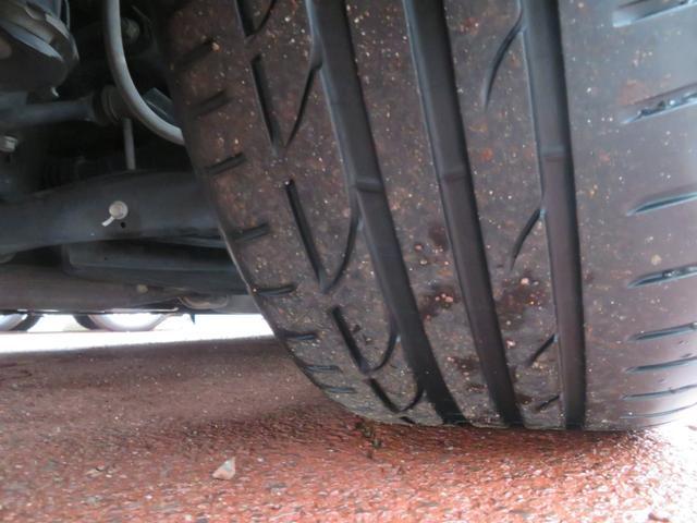 タイヤの山もバッチリ有ります