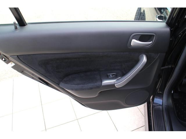 ガレージMでは、様々な車のドレスアップを手がけております。理想のイメージを形にします!ガレージMのドレスアップは見た目のかっこよさ+α を提供します!!