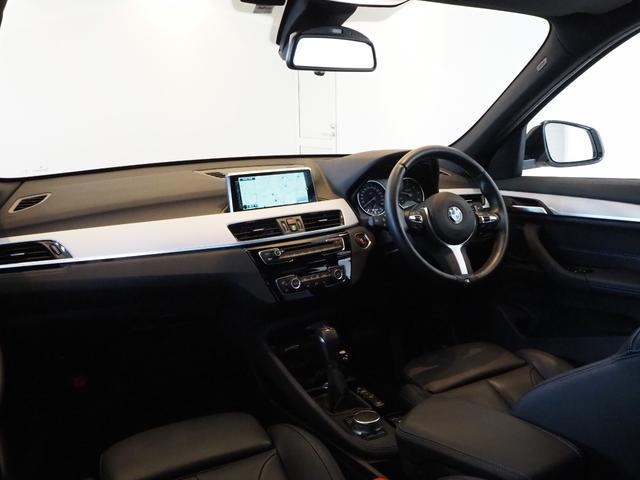 xDrive 18d Mスポーツ ハイラインパッケージ アクティブクルーズコントロール ヘッドアップディスプレイ インテリジェントセーフティ 純正ナビ バックカメラ 禁煙車 ワンオーナー 1オナ 本革(10枚目)