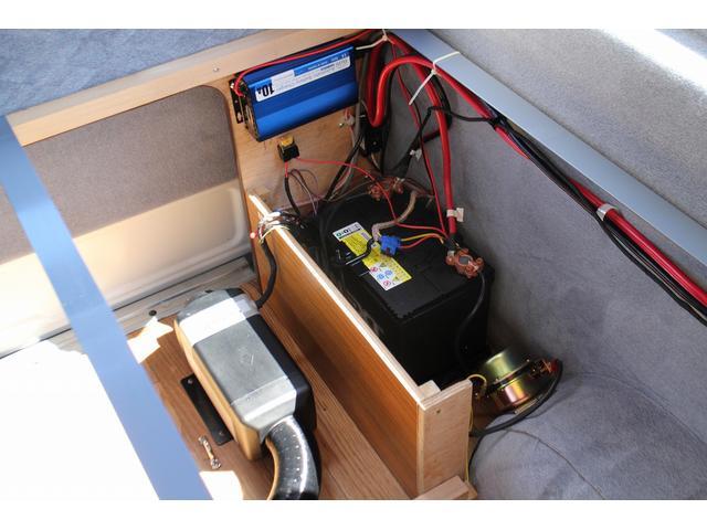 キャンピング バンコン 常設ベッド 4WD FFヒーター(19枚目)