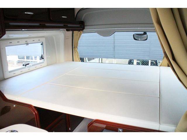 トヨタ ハイエースバン キャンピング FOCS リノタクミDPタイプ1 4WD
