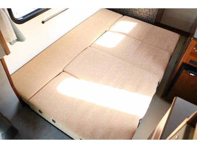 キャンピングカー AtoZ アミティLX 4WD サブバッテリー インバーター1500W 電子レンジ 19型テレビ 地デジアンテナ DC冷蔵庫 マックスファン FFヒータ- マルチルーム ワンオーナー(6枚目)