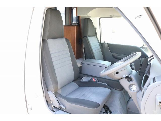 キャンピングカー AtoZ アミティLX 4WD サブバッテリー インバーター1500W 電子レンジ 19型テレビ 地デジアンテナ DC冷蔵庫 マックスファン FFヒータ- マルチルーム ワンオーナー(39枚目)