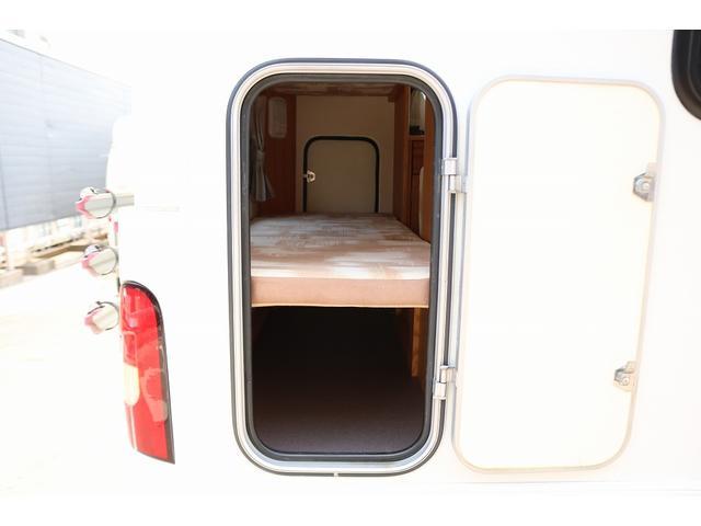 キャンピングカー AtoZ アミティ 4WD 常設二段ベッド ツインサブバッテリー ベバストFFヒーター サイクルキャリア サイドオーニング マックスファン 冷蔵庫 インバーター500W 走行充電(31枚目)