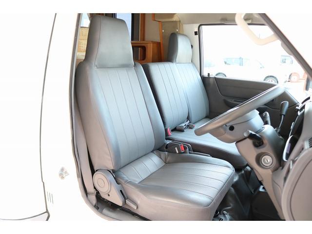 キャンピングカー AtoZ アミティ 4WD 常設二段ベッド ツインサブバッテリー ベバストFFヒーター サイクルキャリア サイドオーニング マックスファン 冷蔵庫 インバーター500W 走行充電(37枚目)