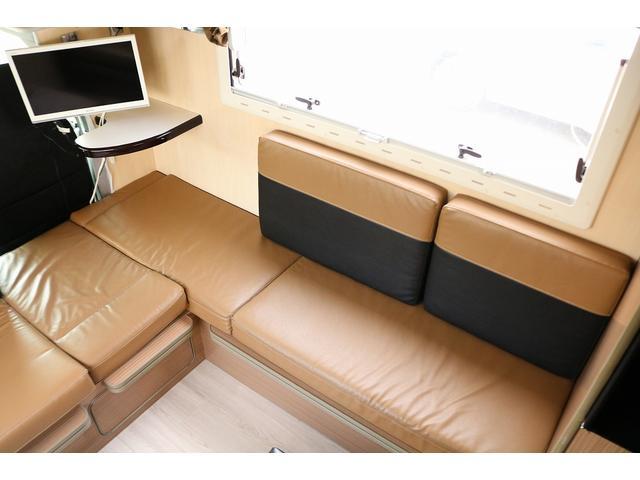 キャンピングカー バンテック コルドリーブス 4WD ディーゼルターボ家庭用エアコン ベバストFFヒーター インバーター1500W ツインサブバッテリー 電子レンジ 19型テレビ 地デジアンテナ(6枚目)