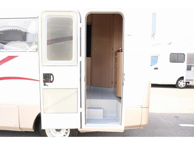 キャンピングカー バンテック コルドリーブス 4WD ディーゼルターボ家庭用エアコン ベバストFFヒーター インバーター1500W ツインサブバッテリー 電子レンジ 19型テレビ 地デジアンテナ(60枚目)