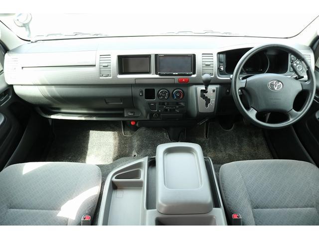 キャンピングカー ファーストカスタム リモギンガ 2WD 冷蔵庫 シンク コンロ FFヒーター 電子レンジ サブバッテリー 走行充電 外部充電 LED照明 社外HDDナビ 地デジ バックカメラ(31枚目)